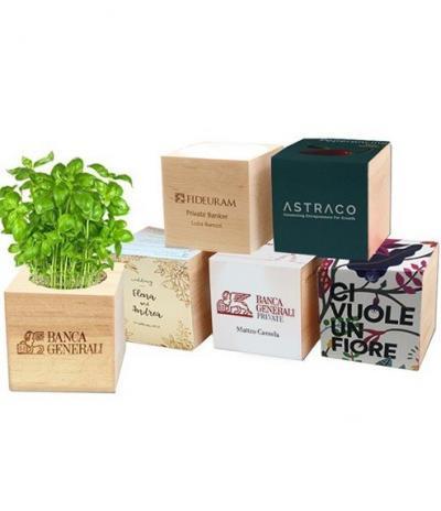 Cubo in legno iGreen Cube 7.5x7.5 cm Esempi di Personalizzazione di Incisione Laser e Confezione Avvolgente