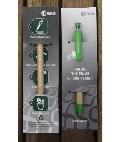 La Penna con Semi Piantabile Personalizzazione Cartoncino Fronte e Retro per Esa