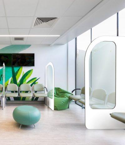 Divisori per Sale d'Attesa Semplice Colore Bianco con Ufficio Sfondo 1